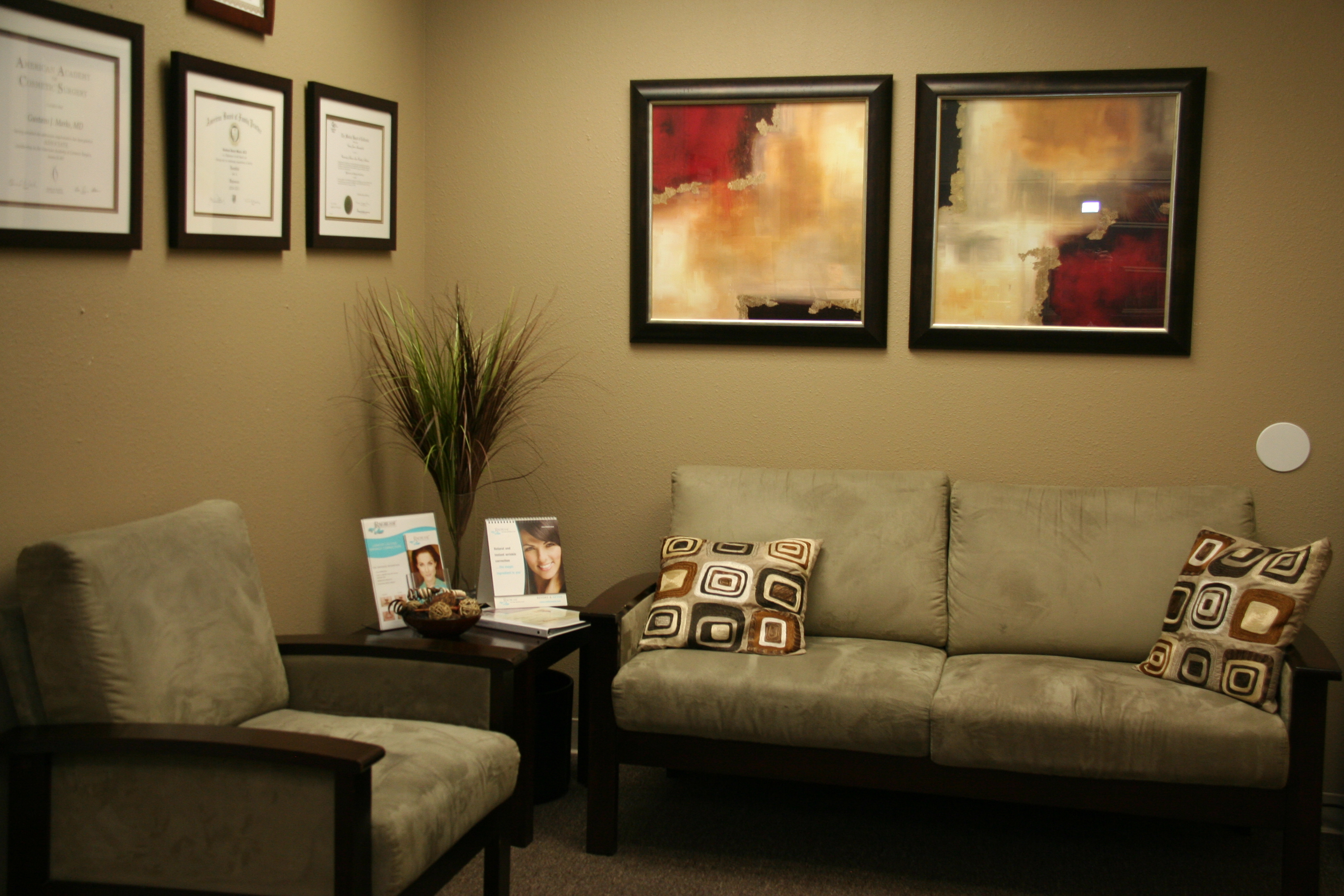 Cosmetic Office 038